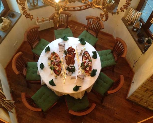 Runde Sitzgruppe für kleine Gesellschaften